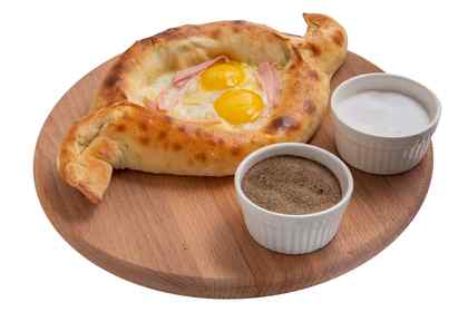 Ajarian khachapuri with ham (1 egg)